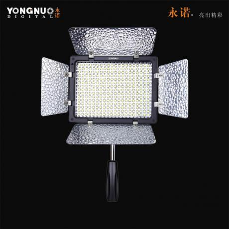 YONGNUO LED LIGHT YN300-II